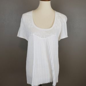 White Lightweight Sweater w Lace Detail & Pleating